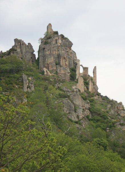 Ruines du château de Rochebonne
