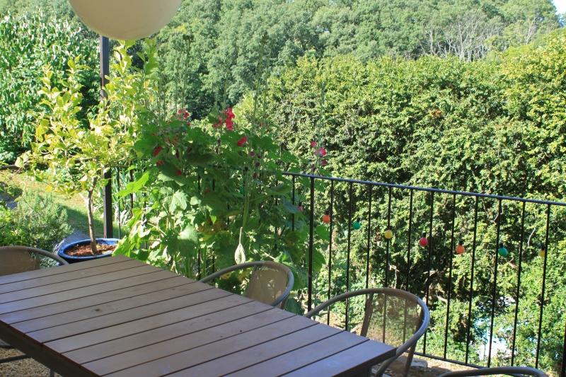 La terrasse du gîte chez Louisette & Marius